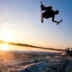 Il wakeboarding: lo sci d'acqua su tavola